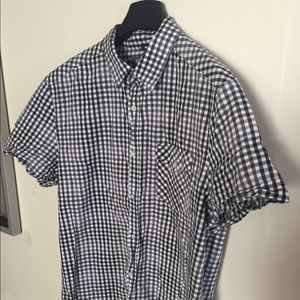 Kenneth Cole short sleeve shirt size large